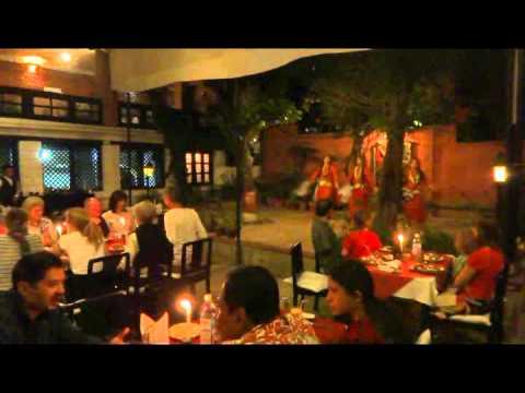 Video Makan Malam Ala Nepal