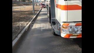 Автолюбительница спровоцировала столкновение с автокраном в Хабаровске. Mestoprotv