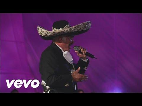 """Vicente Fernández Interpreta En Vivo La Canción """"El Rey"""""""