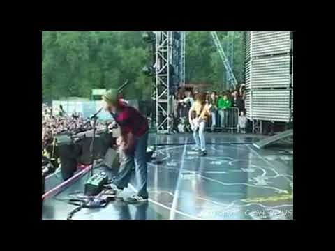 Red Hot Chili Peppers - Intro Hyde Park ((Amazing Jam))