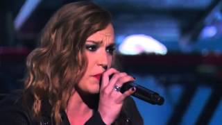 Gambar cover Lindsey Stirling & Lzzy Hale - Shatter Me - Live in America's Got Talent S09E13