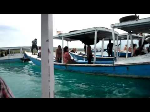 Sailing from Bali to Menjangan Island (diving areas) and back (Indonesia)