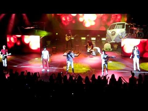 One direction - Na Na Na - live - 22/1/12 - смотреть онлайн