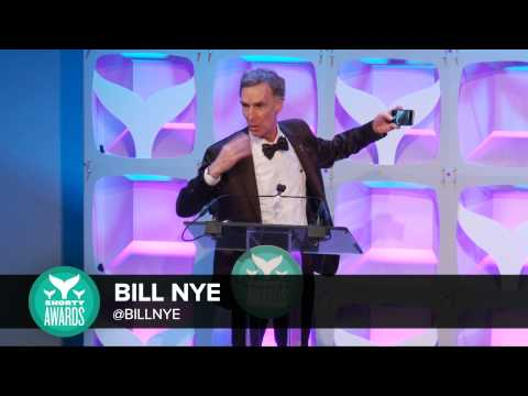 Bill Nye accepts the Best in Science Shorty Award