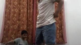 # تحدي اليوغا الجزء #1 مع ولد عمتي