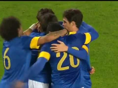 Com boa participação de Paulinho, Seleção Brasileira vence por 6x0