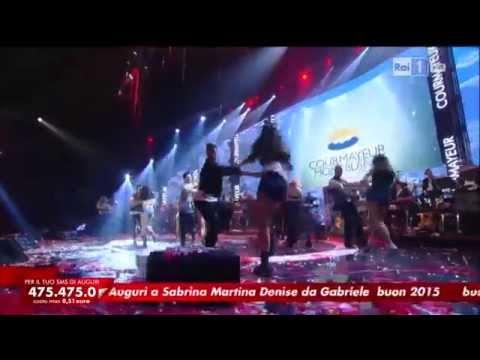 Ana Karla Suarez - Bailando (Enrique Iglesias) - Capodanno 2015 - L'anno che verrà a Courmayeur