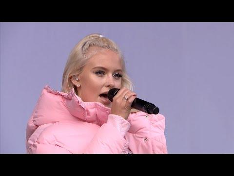 Zara Larsson - Never Forget You & Lush Life (Live @ V Festival 2016 HD)
