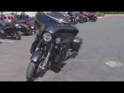 2016 Harley-Davidson CVO™ Street Glide® in San Jose, California - Video 1