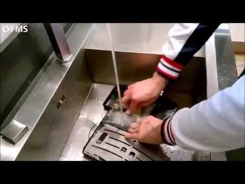 Come estrarre e pulire il vassoio raccogli gocce su macchine caffè Philips Saeco