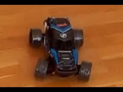 HS 18311 RC Car drifting ....ish with tape on the wheels from Banggood