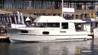 2015 Beneteau Swift Trawler 44 - Walkaround - 2015 Montreal In Water Boat Show