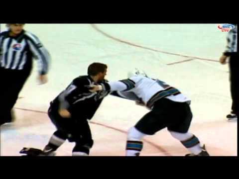 Mike Brennan vs. Richard Clune