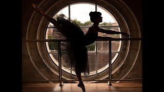 """Cet été, découvrez l'exposition photo """"Danse et Patrimoine"""" par Perrine GUIGNARD"""