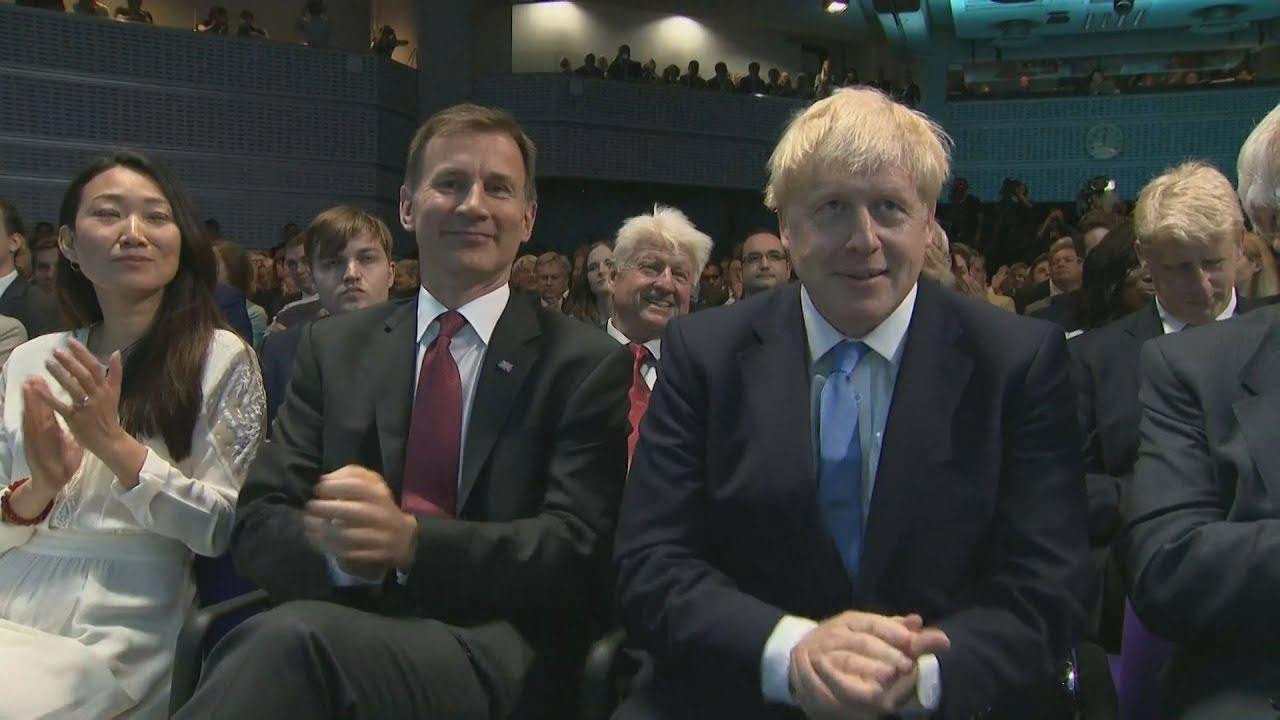 Μπ. Τζόνσον στο τιμόνι της Βρετανίας: Θα φέρω εις πέρας το Brexit έως τις 31 Οκτωβρίου