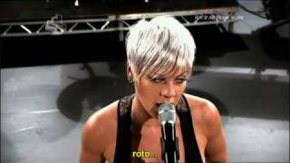 Pink - Please Don't Leave Me [Traducido]