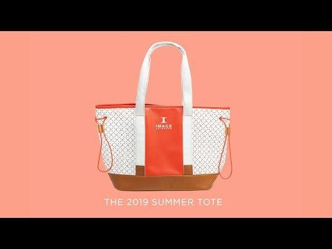 IMAGE Skincare представляет новую летнюю сумку кораллового цвета