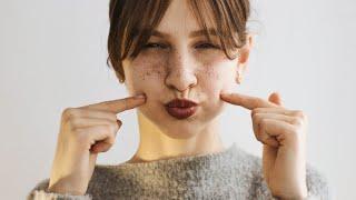 Как сделать веснушки на лице?