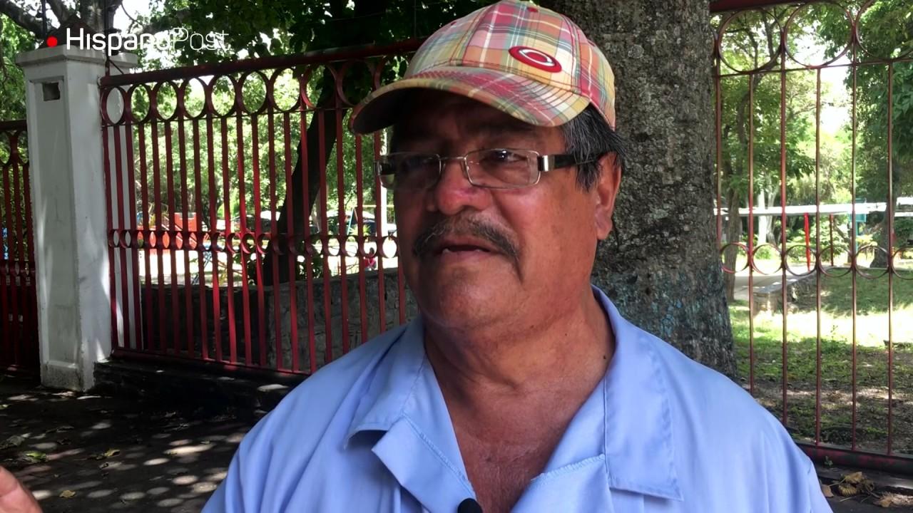 Julián tiene 30 años vendiendo helados y cultivando afectos