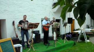 preview picture of video '30 Jahr Feier - INVALIDEN TRIO'