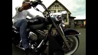 preview picture of video 'GoPro Hero3 on Harley Road King'