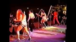 Runaways - Japan (1977 - Full Concert HD)(DHV 2011)