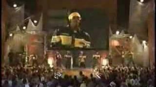 B2K   Gots Ta Be & Uh Huh (live)