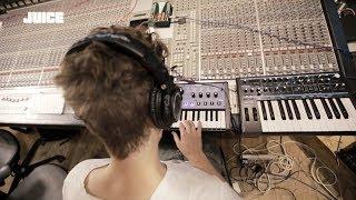 OK Kid   Track By Track   »15. Februar (Kaffee Warm 2)« [JUICE TV]