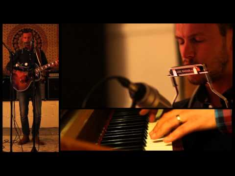 Claydon Connor - A little Piece Of Heaven (live from studio 5a)...