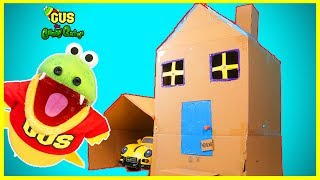 BOX FORT CHALLENGE! Gus the Gummy Gator builds GIANT HOUSE!!