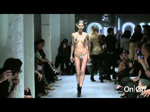 シースルーから全裸まで!露出満載ファッションショー!! - ちょいエロセクシー動画まとめ
