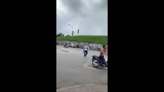 Đánh nhau đường phố : dao phay hỗn chiến côn nhị khúc