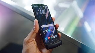Motorola Razr 2019 Impressions! The Return of a Folding Icon!