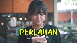 Download lagu Happy Asmara Perlahan Mp3