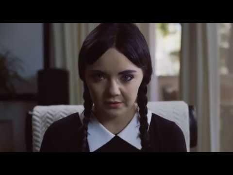 Wednesday Addamsová shání byt