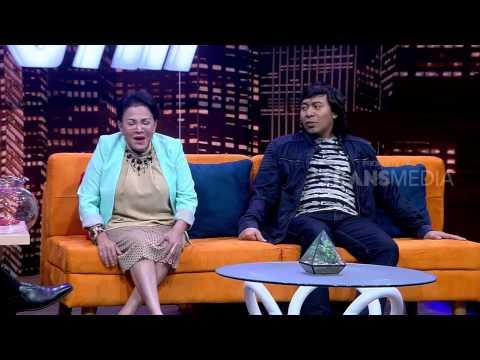 HITAM PUTIH - KOMENG DAN MPOK ATIK BIKIN RAME STUDIO (6/4/17) 4-3