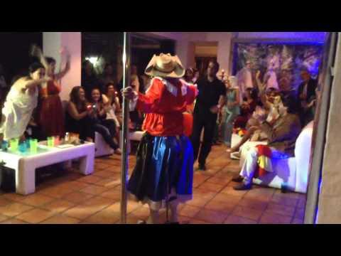 El show de la india torera (baile) part. 2
