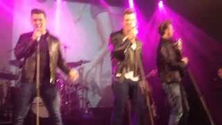 The Baseballs - My Baby Left Me For A DJ (Live Космонавт, Санкт Петербург 02.04.2014)