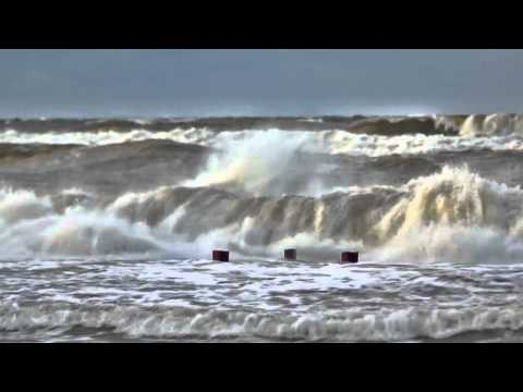 Балтийское море в шторм.mp4