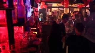 preview picture of video 'I'M NOT FAMOUS BUT F★CK ME QUAND MEME @ NPA Mix Bar, 36 Châteauroux.'