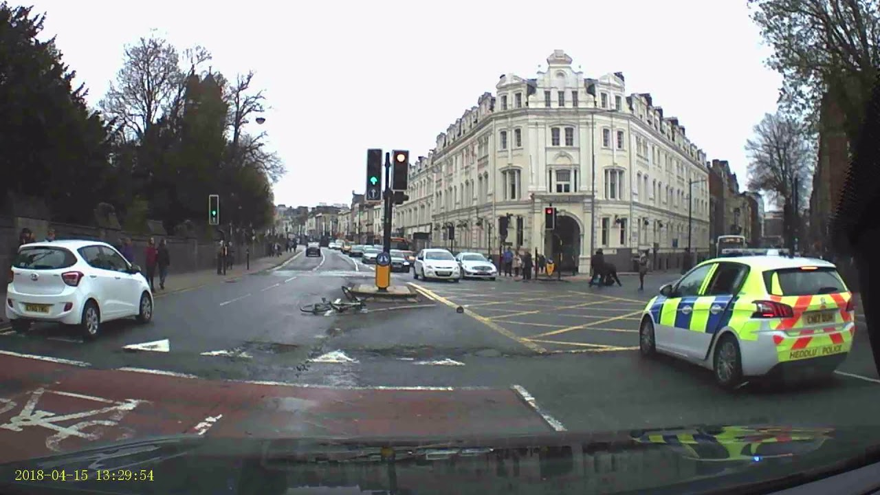 Помогли полиции: сбили велосипедиста