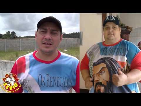 Léo dos Renegados apresenta A camisa do Maior Grupo do Facebook de Juquitiba