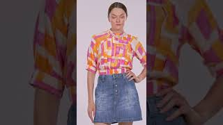 Vídeo Saia Jeans Evasê Botões Lez a Lez