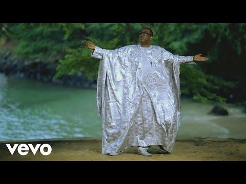 Youssou Ndour – Mbeugël is All (Version remix) ft. Toumani Diabate