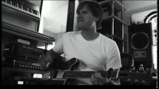 Angels & Airwaves - Tom creating The Adventure intro.