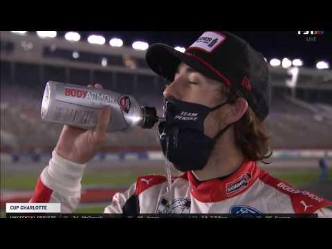 Ξέχασε ότι φορούσε μάσκα, πήγε να πιει νερό και τα έκανε... μούσκεμα!