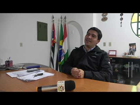 Prefeito Arizinho diz : Não tenho 380 mil reais para fazer reforma elétrica no prédio alugado para o Fórum de São Lourenço da Serra e Juquitiba