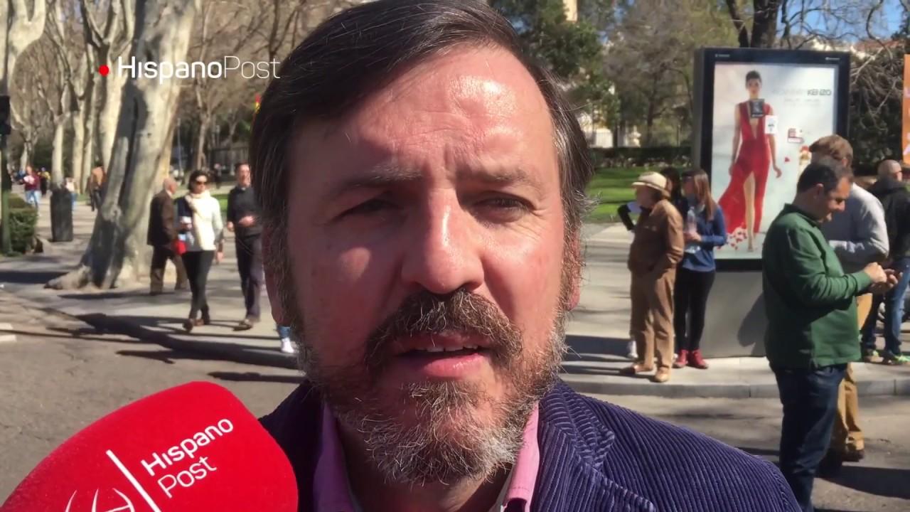 """Hazte Oír defiende su postura sobre el """"autobús del odio"""""""