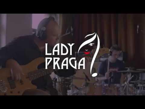 LadyPraga - LadyPraga - Došel mi smích live at 3bees