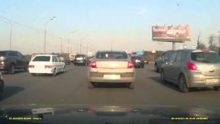 Смотреть онлайн Взрыв газового болона в авто